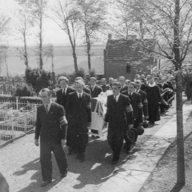 Photo 4 of Funeral of RAF Airman A.H. Hall