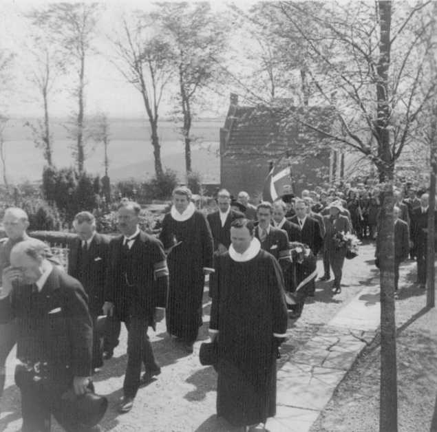 Photo 5 of Funeral of RAF Airman A.H. Hall